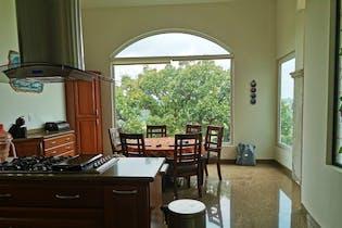 Casa en venta en Condado de Sayavedra de  5 recámaras