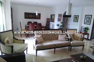 Apartamento en venta en Guayabalía de 120m²