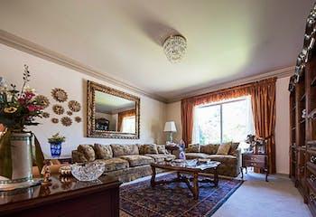 Casa en venta en El Olivo de 350mts, dos niveles
