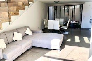 Casa en venta en Adolfo Lopez Mateos de 196mts, tres niveles