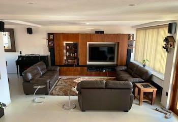 Casa en venta en Lomas Axomiatla, 377mt de dos niveles.