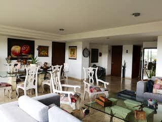 Una sala de estar llena de muebles y una televisión de pantalla plana en Departamento en venta en  Alcantarilla, Álvaro Obregón 3 recámaras