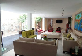Casa en venta en Guadalupe Inn de 4 hab. con Gimnasio...