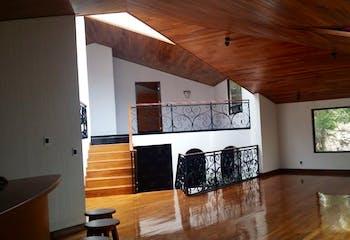 Casa en venta en Hacienda Valle Escondido, de 1820mtrs2