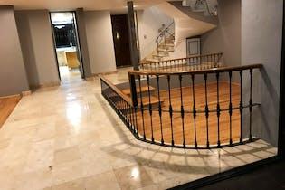Casa en venta en Tlacopac de 340 mt2. con chimenea.