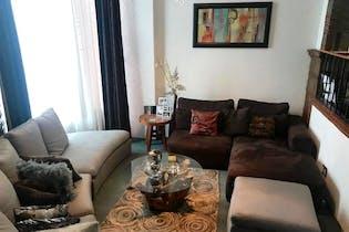 Casa en venta en Lomas Quebradas, 288mt