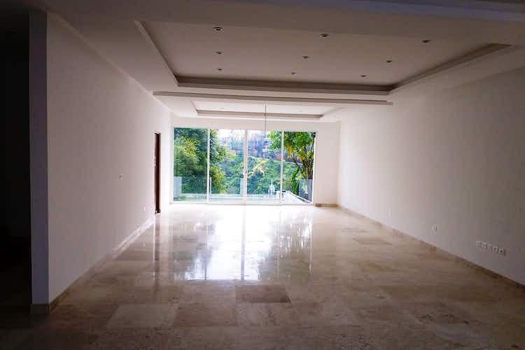 Portada Casa en  venta en Lomas de Tecamachalco, Naucalpan de Juárez 3 recámaras