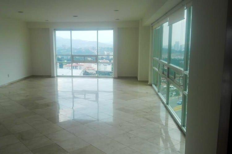 Portada Departamento en venta en Hacienda De Las Palmas con 3 recamaras.