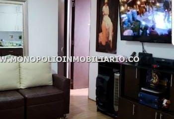 Apartamento en Cabañitas, Bello - 58mt, tres alcobas, balcon