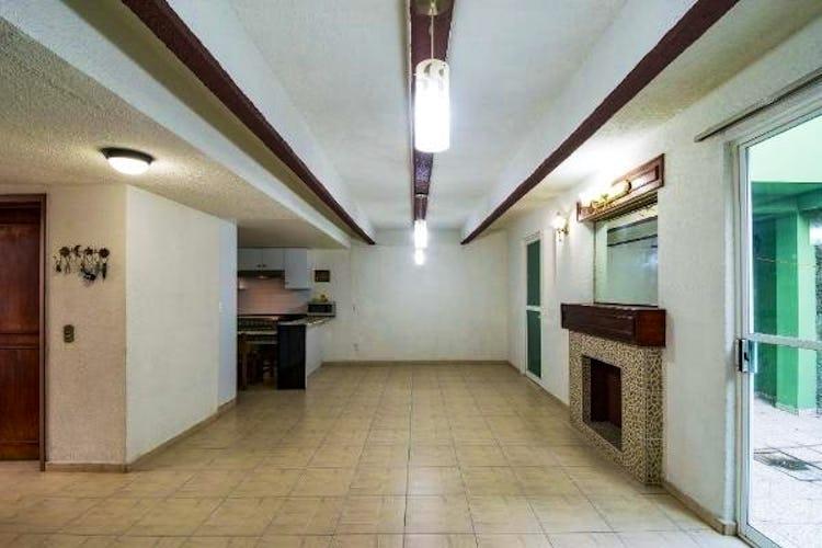 Portada Casa en venta en Jilgueros, Con 4 Recamaras-250mt2