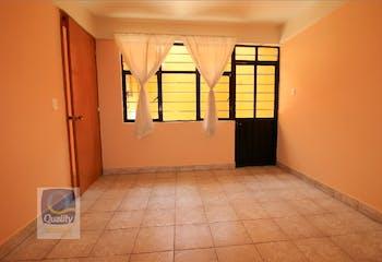 Casa en venta en Zona Centro de 191mts, dos niveles