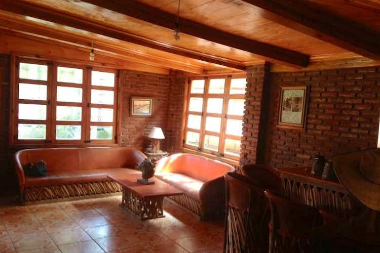 Portada Casa en venta en  La Escondida de  3 recámaras
