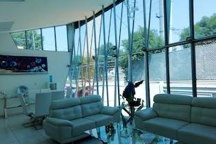 Casa en venta en Colonia Tlalpan de 700mts, tres niveles