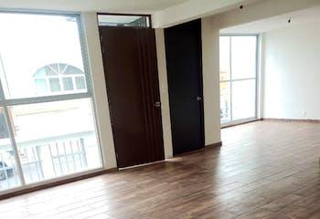 Casa en venta en Lomas De Bulevares de tres recamaras