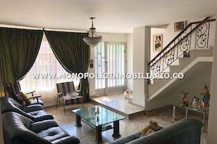 Apartamento en venta en Los Colores de 220m² con Jardín...