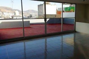 Casa en venta en Lomas De Bulevares con terraza
