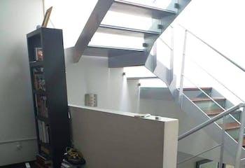 Casa en venta en Del Niño Jesús de 198mts, tres niveles