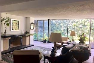 Casa en venta en Lomas de Chapultepec de 760mts, dos niveles