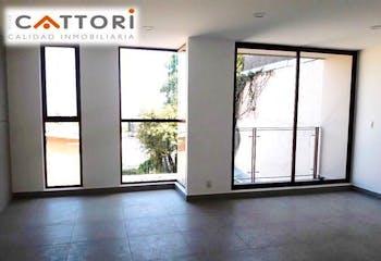 Casa en venta en Héroes de Padierna de 184mts, tres niveles