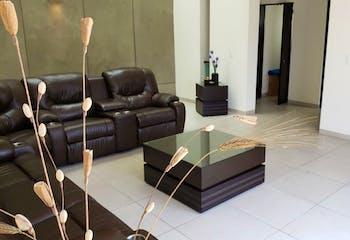 Casa en venta en Lomas Verdes 5ta Secc (La Concordia) de 298 mt2. con 3 niveles.
