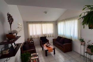 Casa en venta en Lomas De La Hacienda, 333mt de dos niveles.