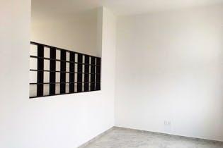 Casa en venta en Ciudad Satelite, 208mt de tres niveles.