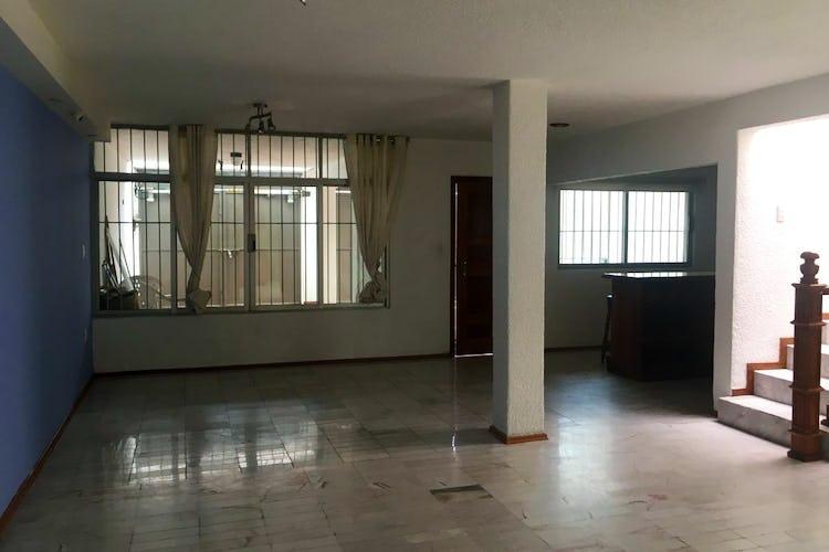 Portada Casa venta en Educación Coyoacan, 250 m2, con cuarto de servicio