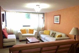 Casa en venta en  Jardines de San Mateo, Naucalpan de Juárez 4 recámaras