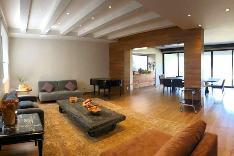 Portada Casa en venta en Fracc Lomas Country Club, de 778mtrs2