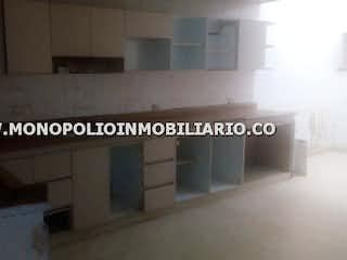 Una imagen de una cocina con una ventana en CASA UNIFAMILIAR EN VENTA - EL VELODROMO COD 12470