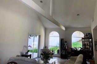 Casa en venta en Colinas del Bosque, de 891mtrs2