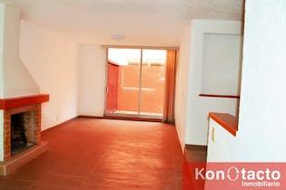 Casa en venta en San Pedro Mártir de 174 mt2.  con 3 niveles.