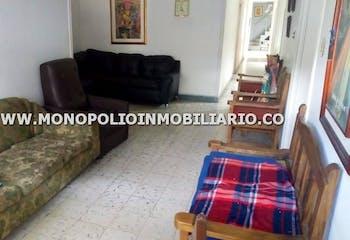 Casa Bifamiliar En Venta - La America Medellin