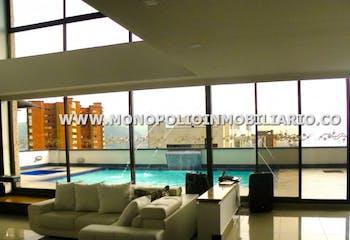Apartamento duplex en Los Balsos, Poblado - Cuatro alcobas