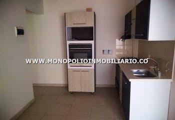 Apartamento en venta en Comuna 13, 98m²