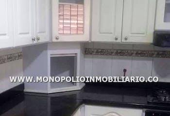 Apartamento en venta en Loma De Los Bernal de 92m² con Bbq...
