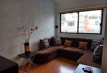 Casa en venta en Ciudad Satelite con acceso a Jardín