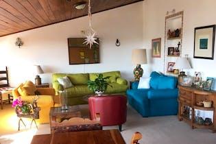 Casa en venta en Lomas Quebradas, 415mt de dos niveles.