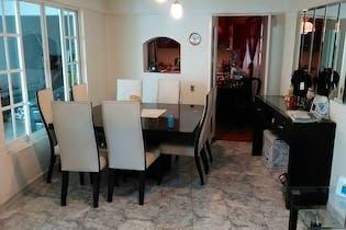 Apartamento en venta en Solidaridad Nacional de 170mts2, dos niveles