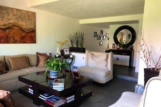 Casa en venta en Colonia Cuajimalpa, 341mt de tres niveles