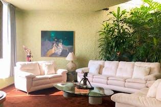 Casa en venta en Bosque de las Lomas, 700mt
