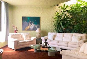Casa en venta en Bosque De Las Lomas 700m² con Jardín...