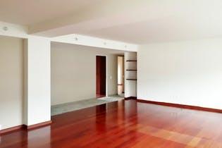 Departamento en venta en Hacienda De Las Palmas, 225mt