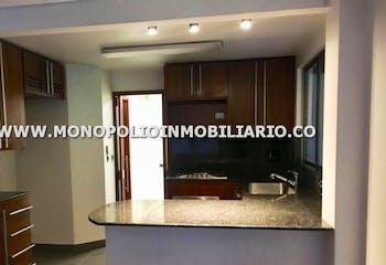 Casa unifamiliar en El Tesoro, El Poblado con 3 habitaciones y terraza - 486 mt2.