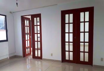 Casa en venta en Lindavista, 418mt de tres niveles.
