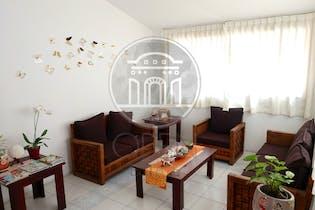 Casa en venta en Lomas De La Hacienda, 336m² con Jardín...