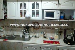 Apartamento en venta en Manrique Central No. 1 de 3 hab.