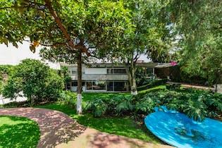 Casa en venta en calle Piedra, Jardines del Pedregal.