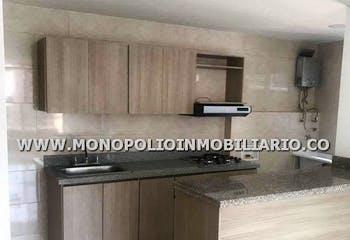 Apartamento En Calle Larga, Sabaneta, 2 Habitaciones- 61m2.