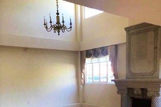 Casa en venta en Jardines del Pedregal de 585mts, dos niveles